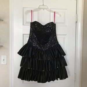 Betsey Johnson sequins party dress